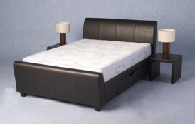 New Dresden, upholstered beds