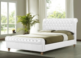 Richmond, upholstered beds