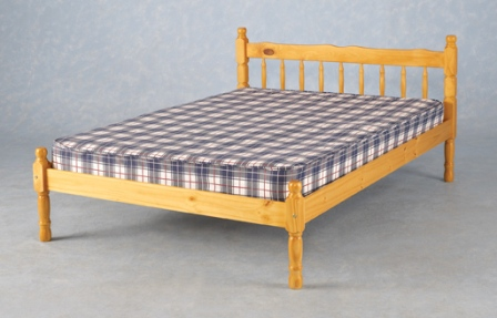 Alton, wooden beds